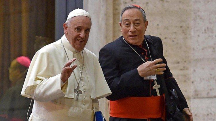 Card. Rodríguez Maradiaga: El Papa Francisco y la revolución de la ternura