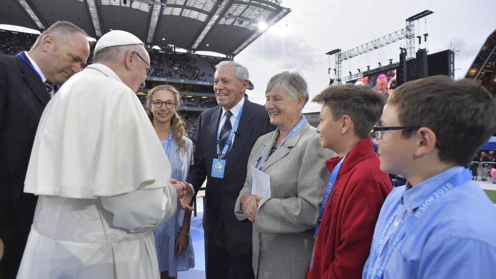"""El Papa en el Festival de las Familias: """"sólo el amor nos salva del descarte"""""""