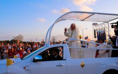 El Papa Francisco preside la Vigilia con cientos de miles de jóvenes de la Jornada Mundial de la Juventud (JMJ) Panamá 2019 en el Campo San Juan Pablo II – Metro Park.
