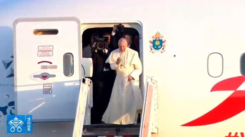 El Papa Francisco deja Panamá tras intensa JMJ y va de regreso a Roma