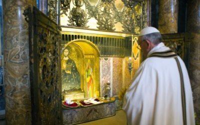 La gran veneración de los fieles por las reliquias de San Pedro