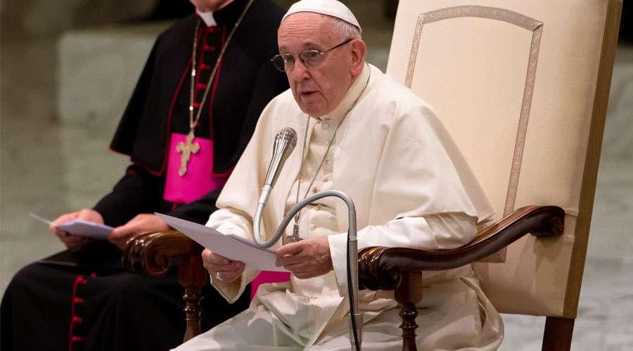 El Papa: Que cada cristiano dé ejemplo de coherencia